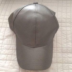 Accessories - Black leather look baseball cap